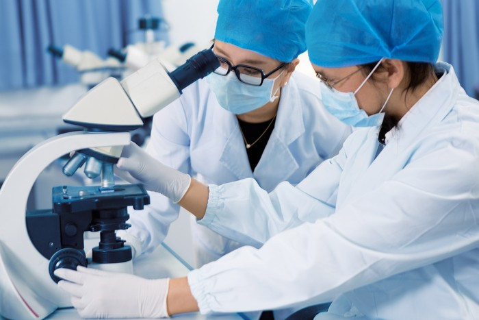 ABB and AMLI Collaborate to Further Advance the Practice of Medical Laboratory Immunology
